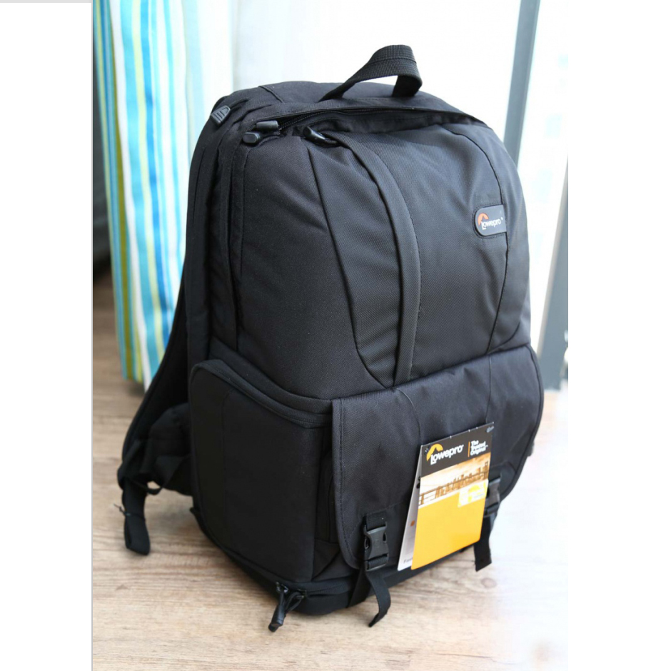Venta caliente genuino Lowepro Fastpack 250 FP250 SLR cámara Digital 15,4 pulgadas portátil con todo el tiempo lluvia cubierta