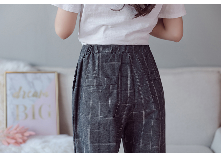 Make English plaid pants female easy to restore ancient ways recreational pants the spring and autumn period and the new female 17