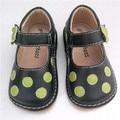 Precio de liquidación para el Bebé Negro Puntos Verdes Dulces Zapatos Squeaky Shoes Envío Gratis 1-3Y