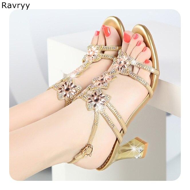 Cristal chaussures D'été Femme d'or sandales clin strass fleur haute talons Sexy Pompes femme de soirée de mariage robe chaussures