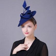 Бейсболка с меховым помпоном синий вуалет для женщин Элегантный церковный шерстяной головной убор Свадебные модные головные уборы женские вечерние аксессуары для волос