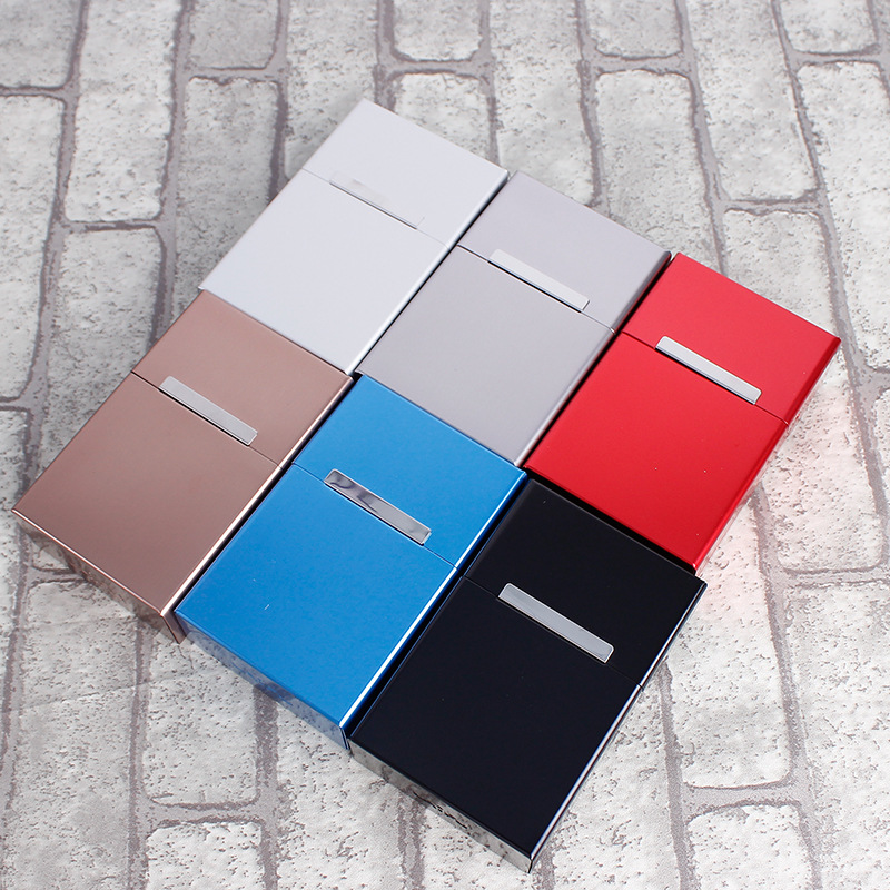 Man use Magneti Metal Cigarette Box Portable Pack 20 <font><b>Tobacco</b></font> Stainless Steel <font><b>Tobacco</b></font> <font><b>Case</b></font> Holder Cigarette <font><b>case</b></font> Storage image