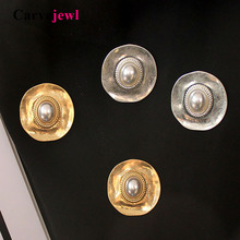 Carvejewl vintage pearl stud earrings Burnished silver plating simple metal wind personality Korean for women jewelry