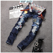 Personality Badge Patchwork Jeans Men Ripped Jeans Classic Rap Scratched Biker Jeans Hole Denim Straight Slim Fit Casual Pants