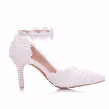 Crystal Queen White Lace Flower Wedding Shoes Slip On Pointed Toe Bridal Shoes High Heel Women Pumps Shallow Pointed Toe 8Cm