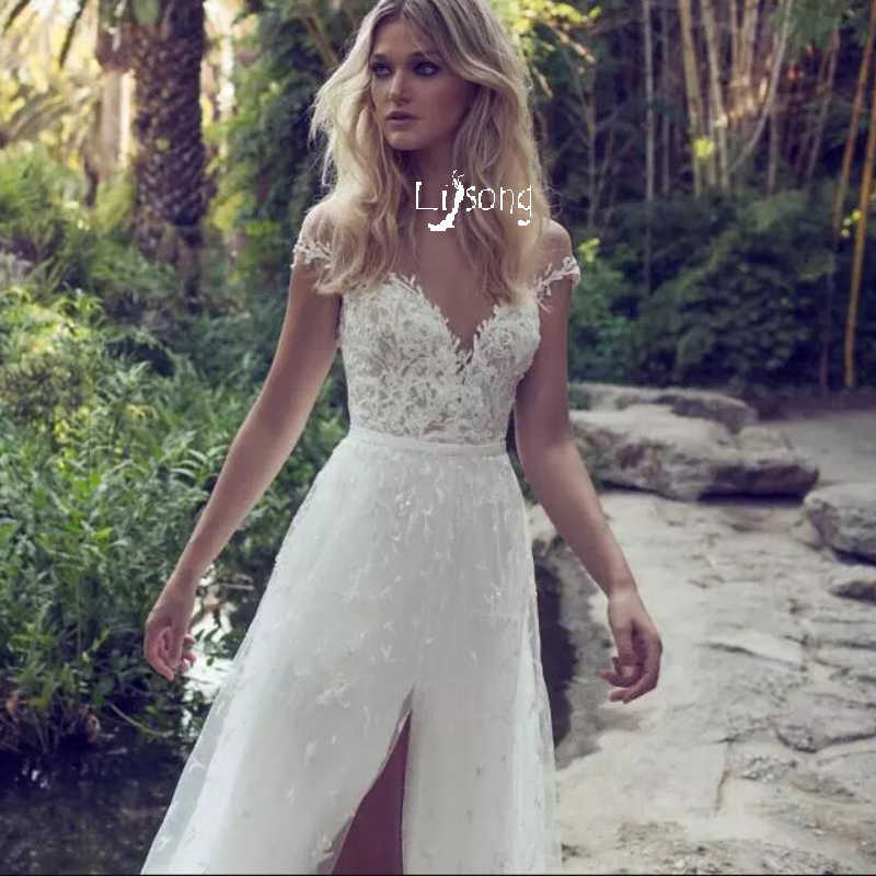 c3518271c7925 Modest Bridal Tulle Appliques Dress Gown Outdoor Beach Garden Grass Forest  Wedding Party Long Dress Travel