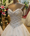 Luxurious 2017 Wedding Dresses Ball Gown Sweetheart Crystal Rhinestones Wedding Gown Bridal Dress Bridal Gown Vestido De Noiva