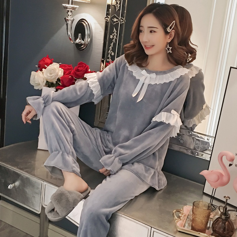 2018 Winter Thick Warm Flannel Princess   Pajamas     Sets   for Women Long Sleeve Pyjama Girls Lace Coral Velvet Homewear Home Clothing