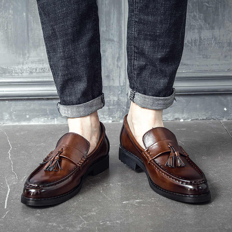 を 2019 男性は靴手作りブローグスタイルパティ革の結婚式の靴メンズフラットレザーオックスフォード正式な靴