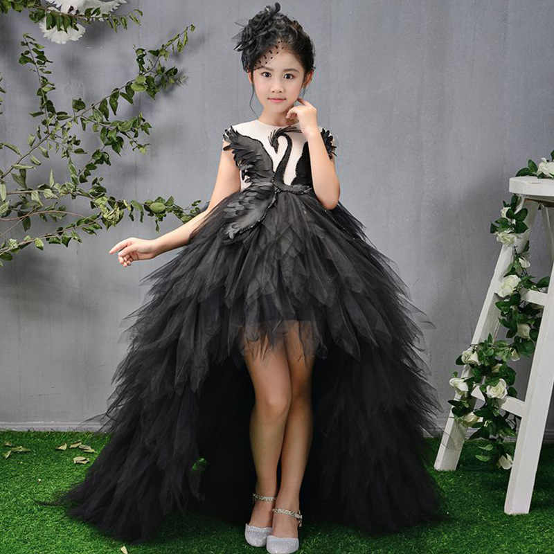 Girl/'s size 5 Cute White Flower Girl Dress with Swan Feather