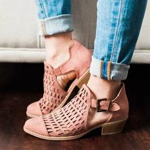 Sandały gladiatorki obuwie damskie sandały damskie moda na niskim obcasie Hollow sandały damskie Femme 2019 buty damskie Sapato Feminino tanie tanio Dla dorosłych Gumowe Pokrywa heel Pasek klamra Otwarta Plac heel Rzym Med (3 cm-5 cm) Na co dzień H00695 Pasuje prawda na wymiar weź swój normalny rozmiar