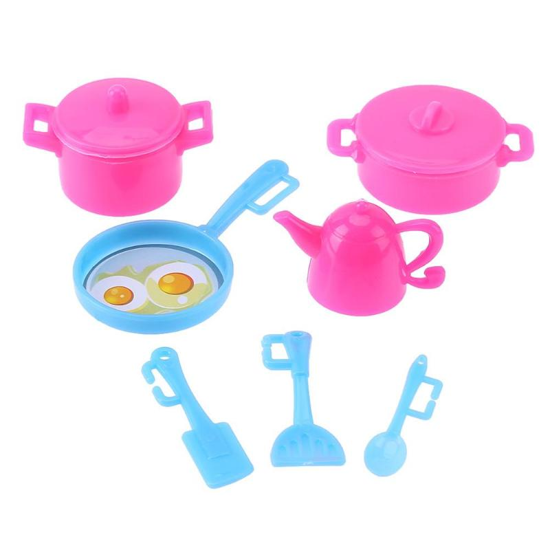 7pcsset Plastic Doll Toys Dollhouse Kitchen Cooking Tools Playing House Child Early Education Toys Doll Accessories