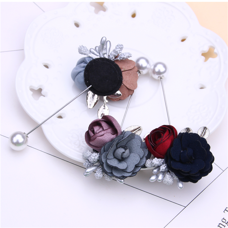 flower pin brooch cute pins and brooches for women rhinestone pin pearl metal leaf brosche in Brooches from Jewelry Accessories