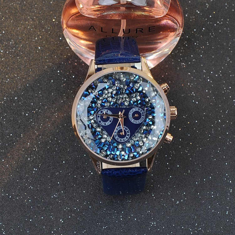 цены 5 Colors New Style Quality Women Watches Luxury Rhinestone Wristwatch Lady Crystal Dress Watch Female Genuine Leather Band Watch