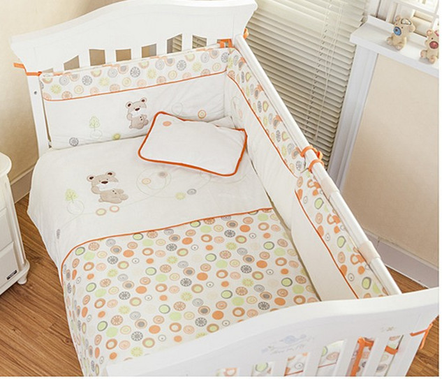 Promotion! Velvet Detachable Baby Crib Bumpers to Cot Bedding Set Newborn Cartoon Bear Bedding (bumper+sheet+pillow+duvet)