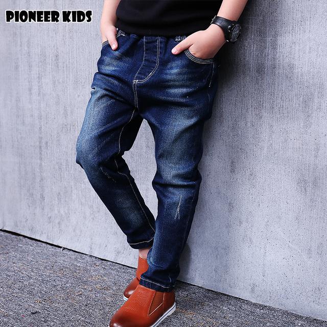 Pioneer crianças venda quente 2016 calças de brim menino limitada sólidos a granel casual para o outono jeans meninos das crianças de moda para jeans médio