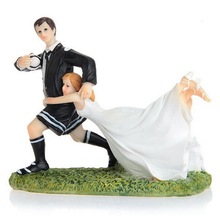 1 pc Bride and Groom American Football sport Funny Figurine Wedding Cake Topper Personalised Event Party Supplies Marriage bride and groom funny figurine wedding cake topper personalised event party supplies marriage pregnant wife