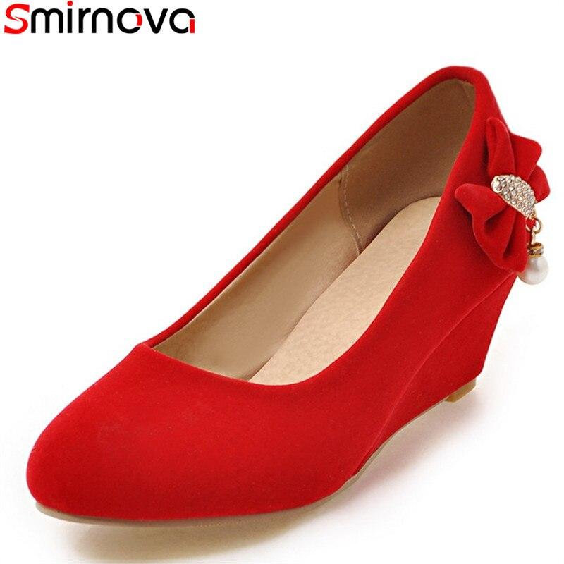 1a2c5d930f08 Partie Peu Bout Taille Pompes Slip Beige Solide Cales Beige Rond Profonde  Couleur De 30 on Smirnova Mode Noir Chaussures rouge ...