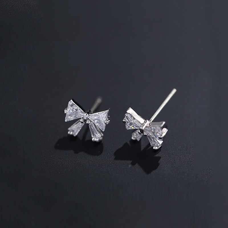 New Hot AAA CZ Zircon Bow Stud Earrings For Women Simple Gold Silver Color Crystal Bowknot Earrings Girls Students Jewelry