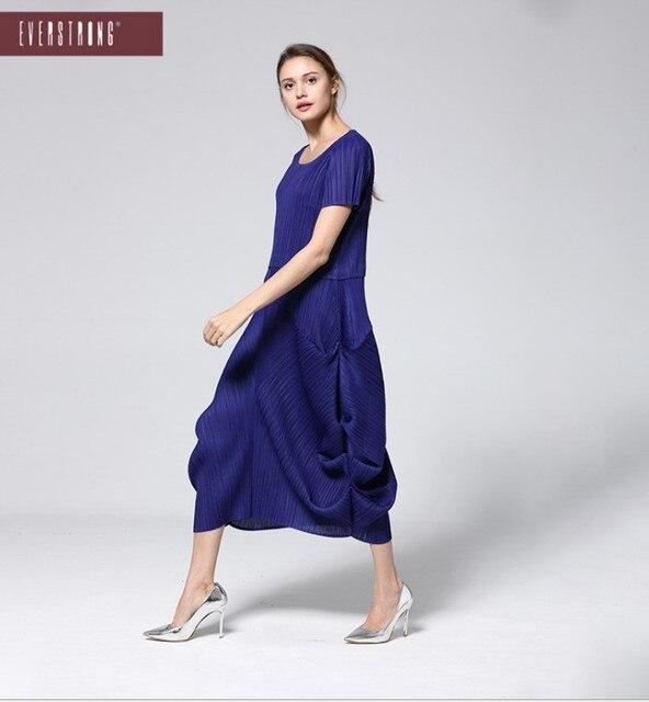 565adad8ee6ed ÜCRETSIZ KARGO Miyake moda kat yuvarlak yaka katı elbise ile kısa kollu  Yosun tomurcuk elbise STOK