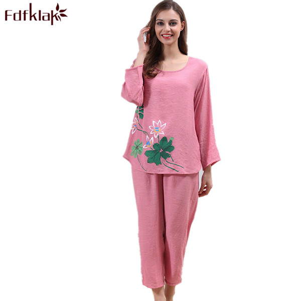 Plus Size Women Summer Pajamas Elegant Print Cotton Pyjamas Set O-Neck  Sleepwear Ladies Tracksuit Pijama De Mujer XL XXL Q100 be5762f8f