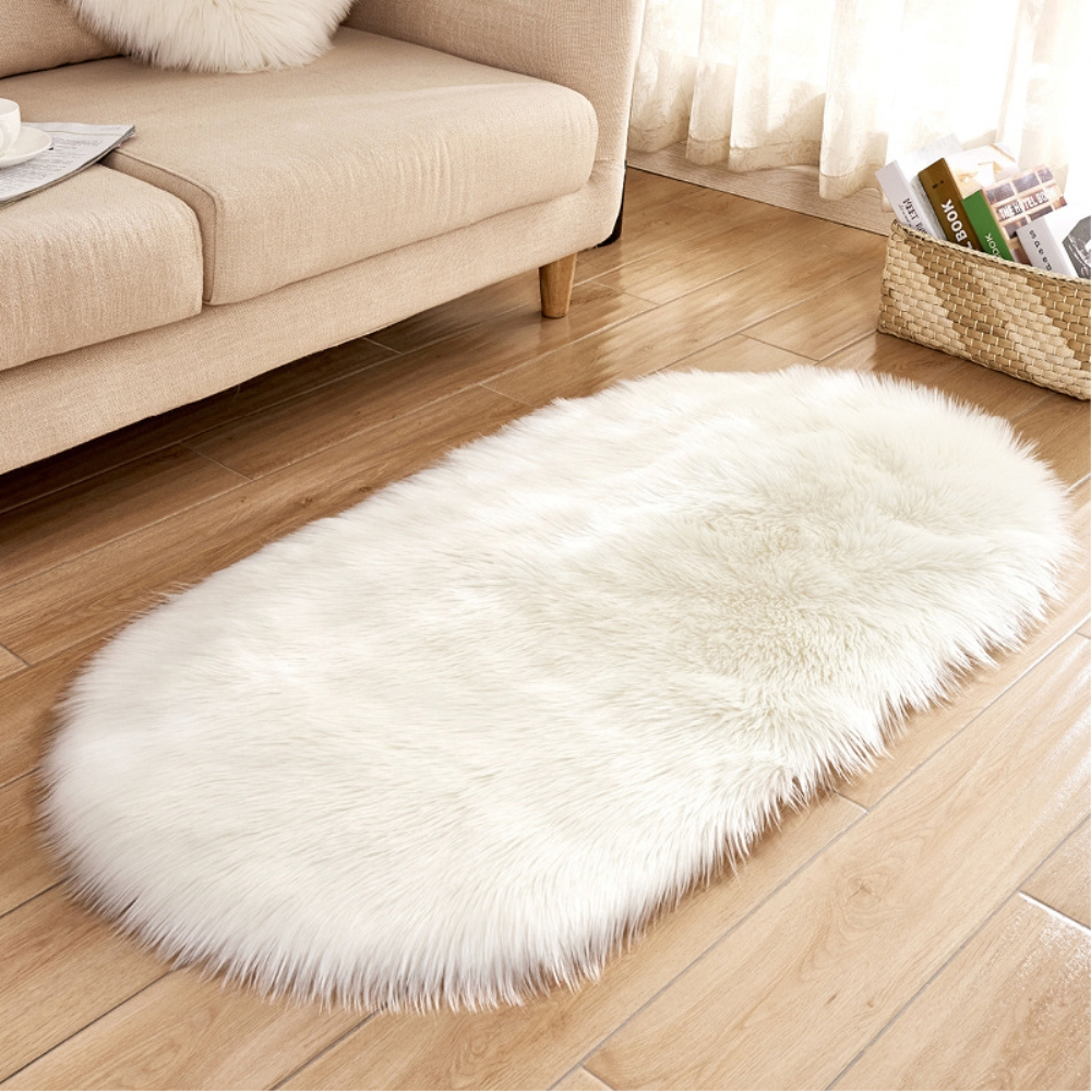 Rayuan Artificial Wool White Sheepskin Hairy Oval Carpet