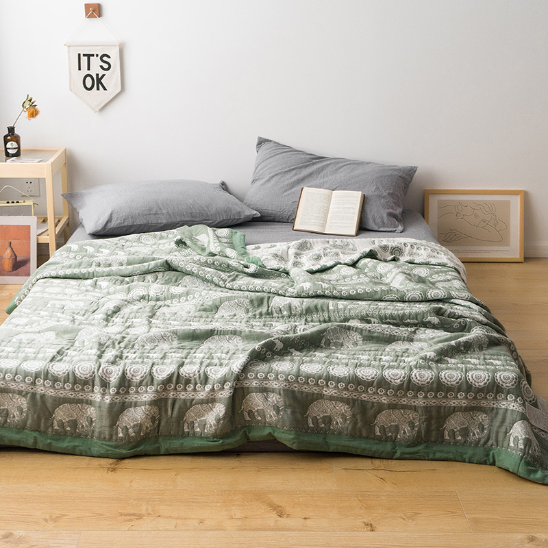 Nordic Little Elephant Soft Bed Quilt Comforter Washable Quilted Adults Bedding Cotton Gauze Jacquard Air Condition Summer QuiltNordic Little Elephant Soft Bed Quilt Comforter Washable Quilted Adults Bedding Cotton Gauze Jacquard Air Condition Summer Quilt
