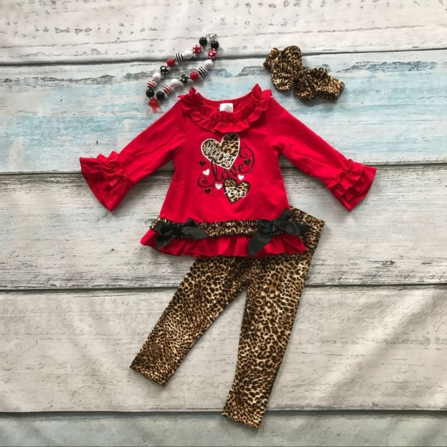 baby girls V-day clothes girls smooches love Valentiens days outfits leapord heart children boutique outfits with accessories