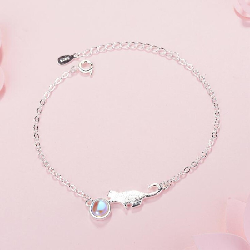 Hand Drawing Female Fashion Moonstone Cute Animal 925 Sterling Silver Jewelry Crystal Sweet Cat Temperament Bracelets  SB119