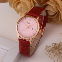 Stainless Steel Women Quartz Watch with Leather Strap