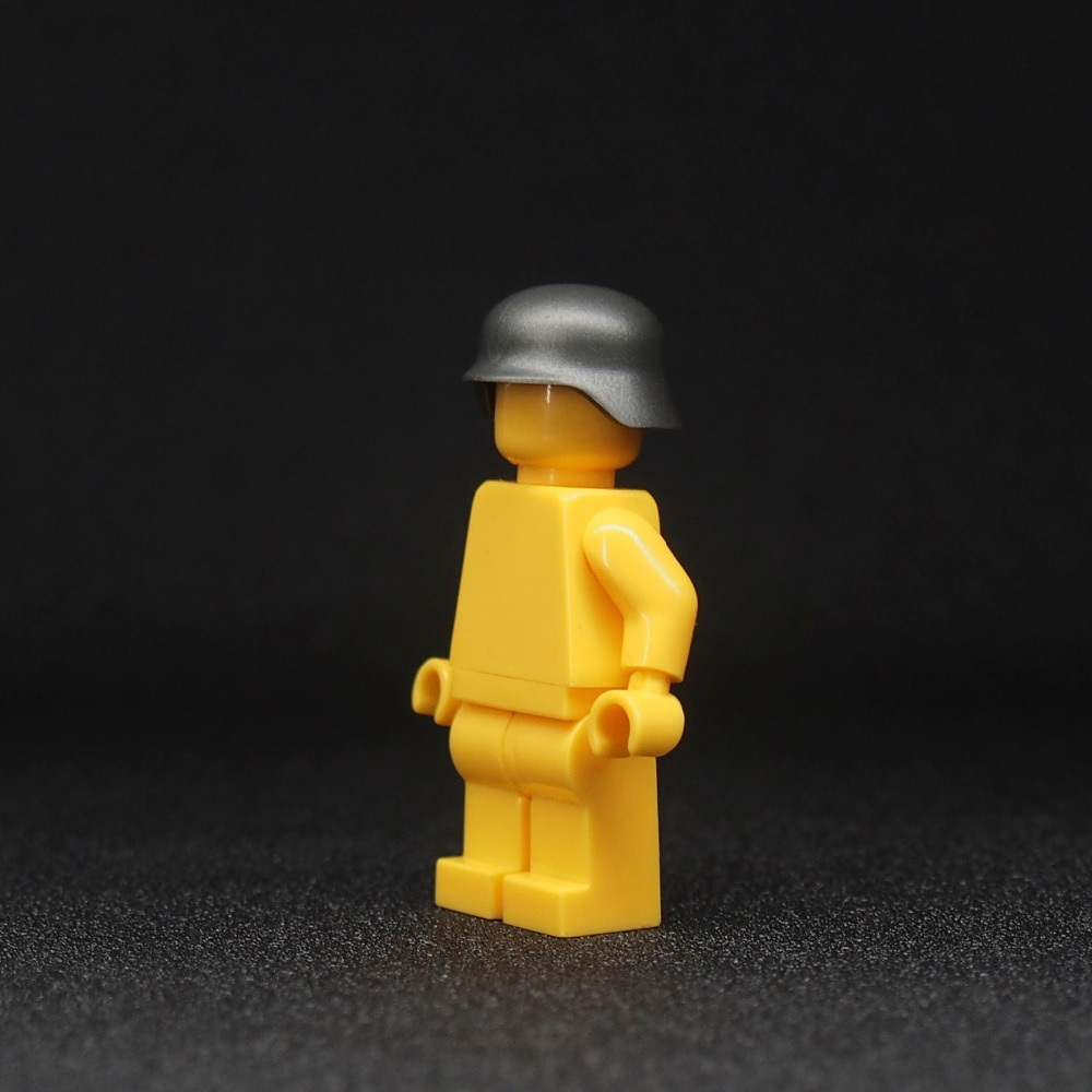 все цены на  City Block Mini World War 2 Weapon German Military Soldiers Cap Building Blocks Toy Action Figure  в интернете