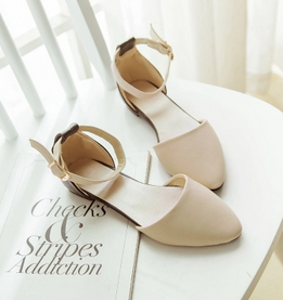 ФОТО Free shipping summer shoes women flat shoes pointed foot ring strap sandals