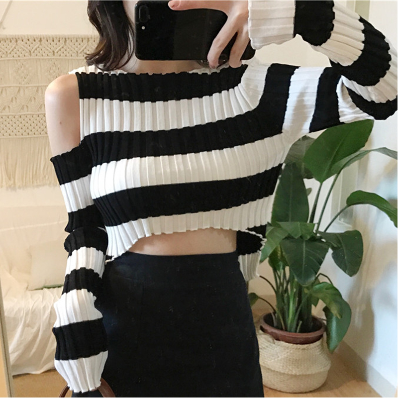 2018 New Autumn Women Sweater O-Neck Cropped Sweater Off Shoulder Pullover Sweater Crop Top For Female DXH6713
