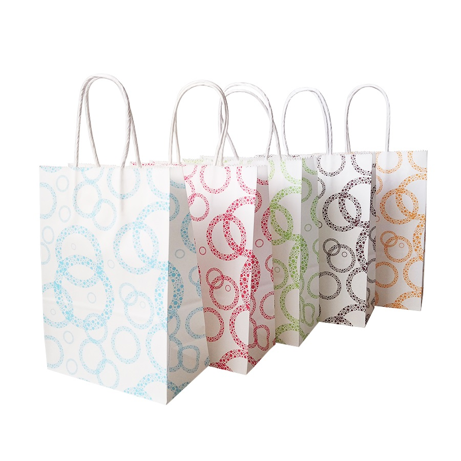 50 Pcs/lot 16x22cm Colorful Dots Paper Gift Bags With Handles For Shops Baby Shower Party Halloween Christmas Wedding Decoration