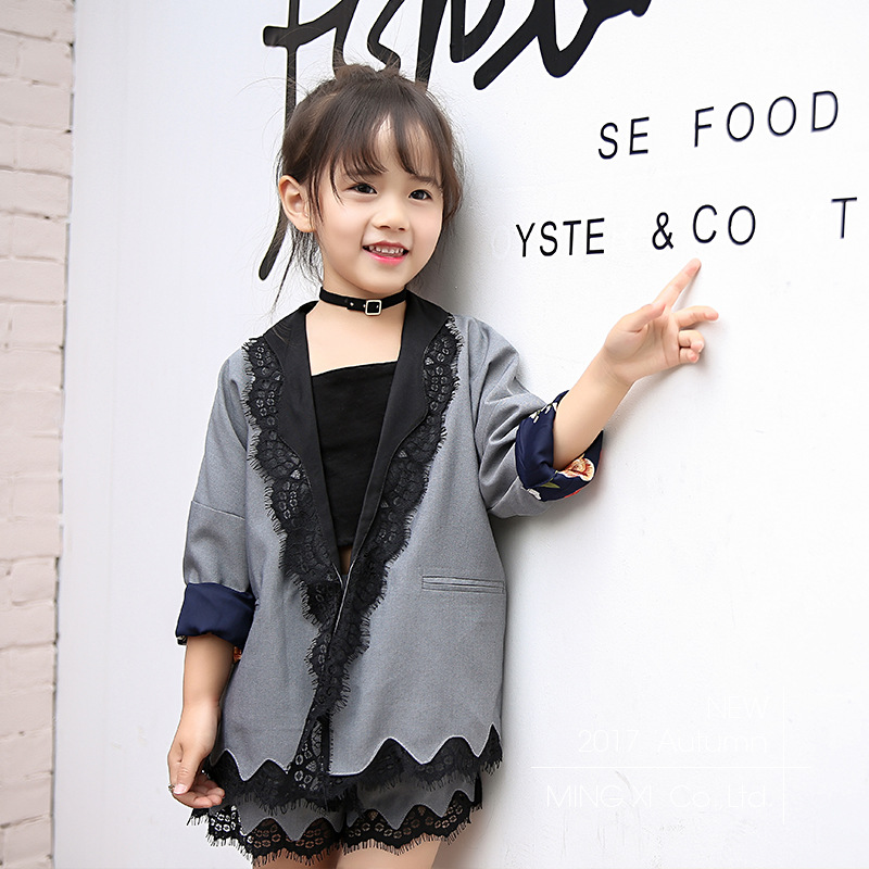SexeMara 2017 children's clothing girls suits in the big children fall new lace jacket with shorts two-piece sets 2016 spring new girls sets long sleeved denim jacket with striped lace dress two piece nice quality children clothing set a396