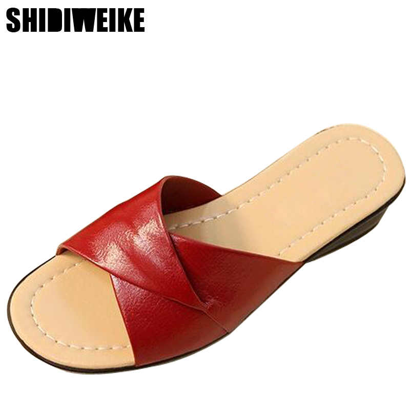 2019 hot Summer new soft bottom large size leather slippers non-slip comfortable woman cool slippers mother slippers size 36- 42