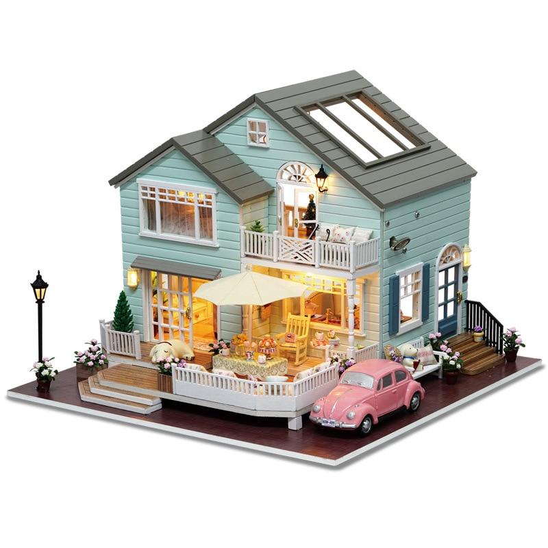 DIY Luxury Villa Furniture New Wooden Puzzle Dollhouse Toys With LED Light Romantic Handmade Xmas Gift Miniature Doll House Kits