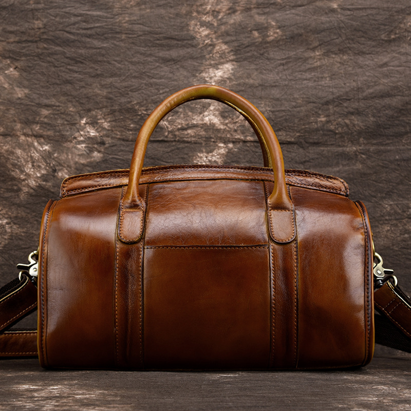 Fashion Genuine Leather Ladies Luggage Cow Leather Vintage Travel Bag Simple Shoulder Bag Tide Hand-brushed Female BagFashion Genuine Leather Ladies Luggage Cow Leather Vintage Travel Bag Simple Shoulder Bag Tide Hand-brushed Female Bag