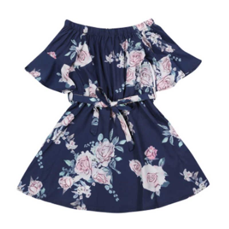 ชุดครอบครัวแม่และลูกสาวการจับคู่สาว Off ไหล่ดอกไม้ชุดชีฟองฤดูร้อนผู้หญิงชุด Sundress