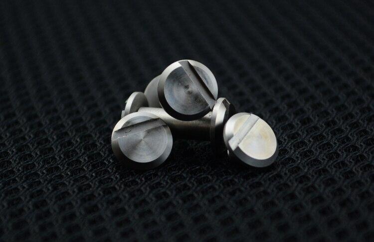 Flat head to lock screw Folding knife spindle screw Tool holder DIY screw fittings Fastener shank screw