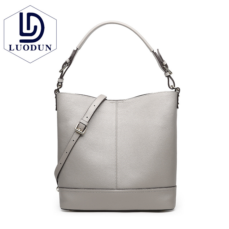 LUODUN2018 ladies Genuine Leather bag new handbags fashion simple commuter first layer leather hand shoulder bag female big bag bag female new genuine leather handbags first layer of leather shoulder bag korean zipper small square bag mobile messenger bags