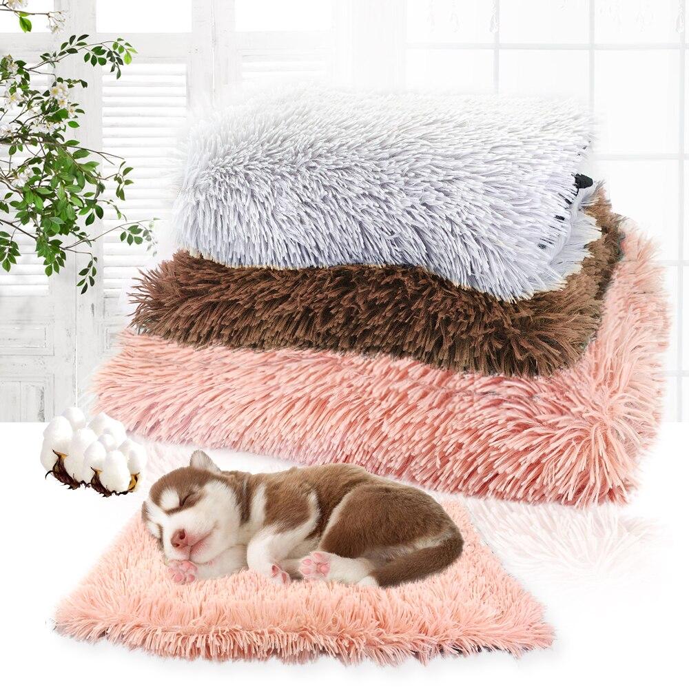 Inverno Cama Do Cão Tapete Macio Velo Pet Gato Filhote de cachorro Cama Dormindo Almofada Casa Quente Cobertor Para Gatos Pequenos Cães de Grande Porte canil Cama Perro