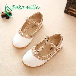 Bekamille 2019 novas meninas sandálias crianças sapatos de couro rebites lazer tênis meninas quentes princesa sapatos de dança