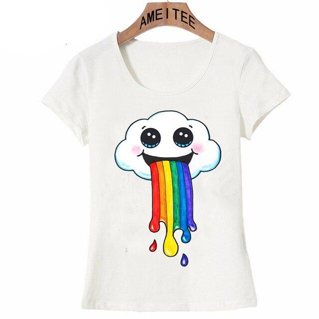 9ca3ea628 2018 Nova verão mulheres de manga curta Super bonito Nuvem vomitando um arco  íris impressão design