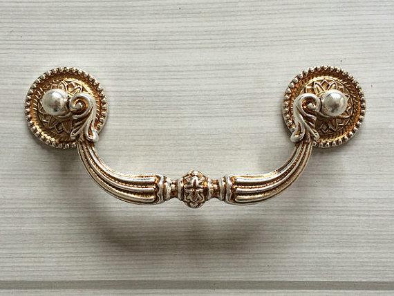 Knoppen Voor Kast : Antieke dressoir kast. antieke kast antiek kastje antiek deurs