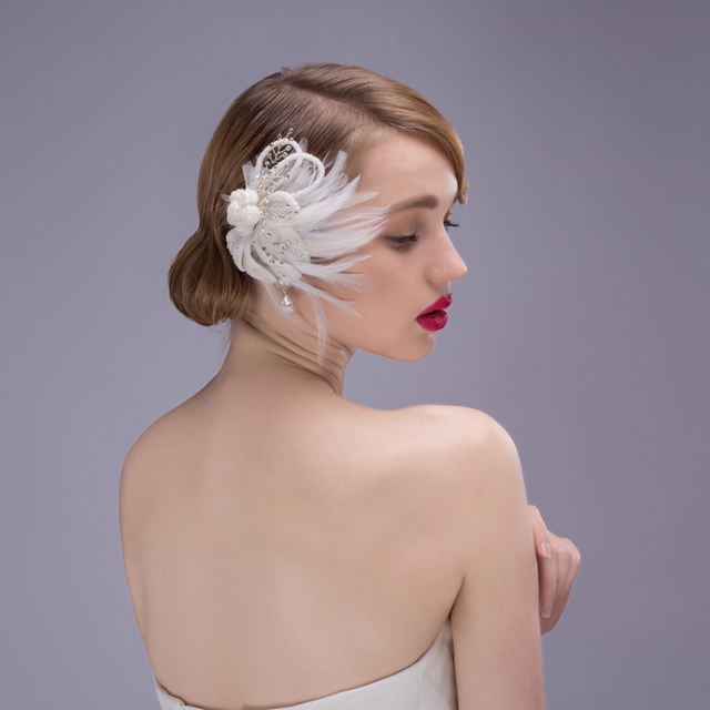 2017 Novo Banquete de Luxo Forma de Folha de Pérola Acessórios Da Noiva Do Casamento Cocar de Penas Flor Pentear O Cabelo Europeu