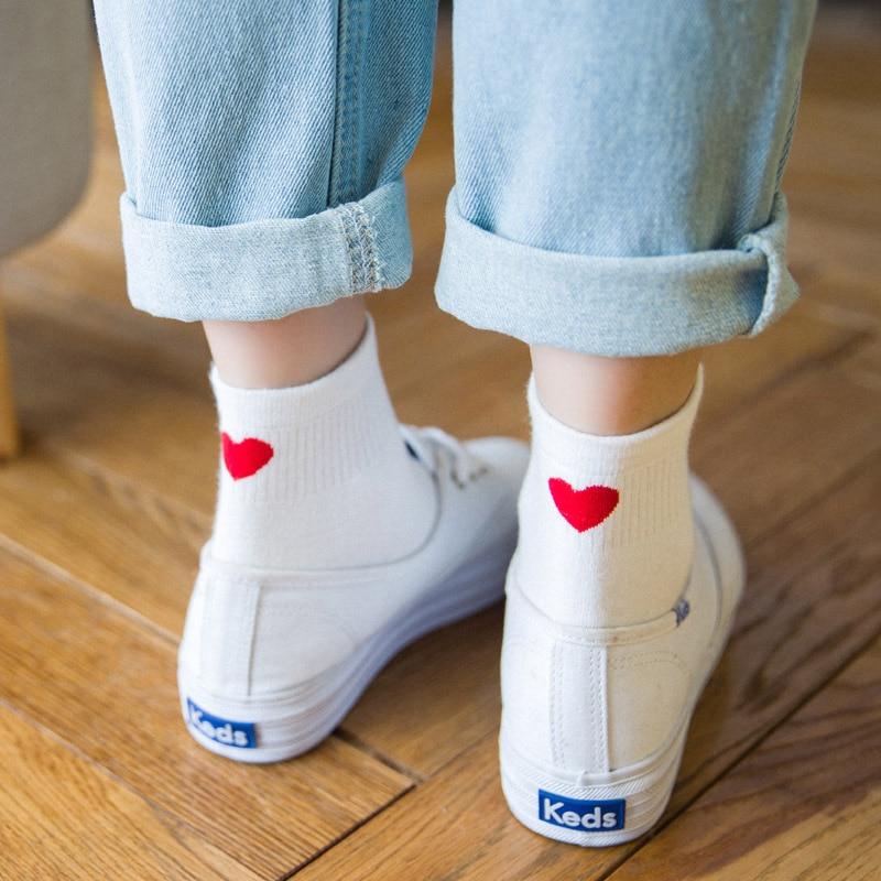 Women Socks 1 Pair Long Socks Girls Cotton Colorful Novelty Women Fashion Heart Cute Socks Lady