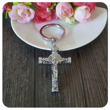 Xtremo Design Cross Pattern Car Accessory Key Chain Keychain for Women Men Fashion Jewelry Party Gifts New Arrival