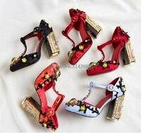 Круглый бижутерия на палец ноги цветок туфли Мэри Джейн выдалбливают Цветочный Кристалл туфли лодочки на каблуке Красный, черный, синий цве