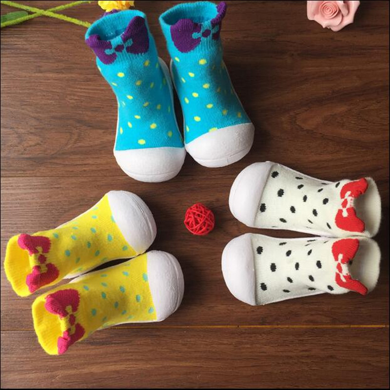2018 New Fashion Attipas Baby Point Toddler Socks  Toddler Soft Shoes Sport Shoes Children Shoes Outsole Girl Shoes Bebe